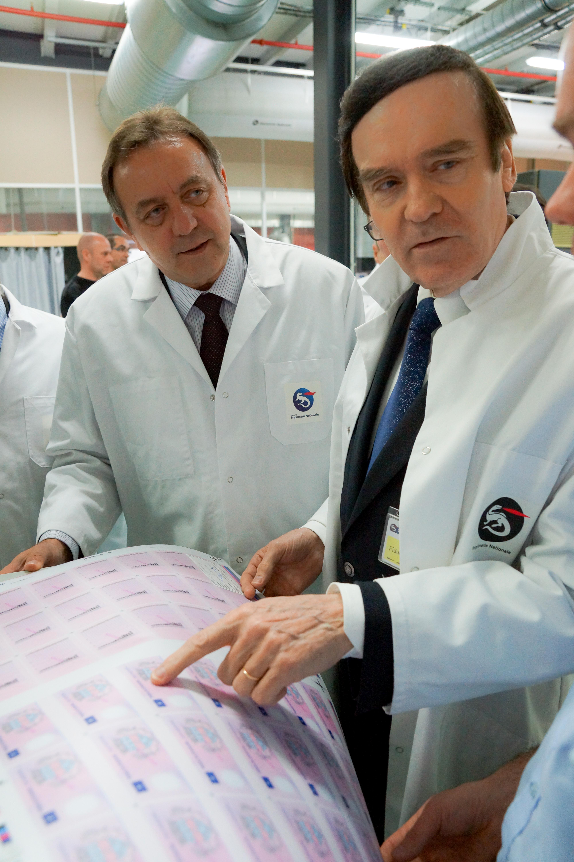 Le Prefet Visite Site De Production LImprimerie Nationale A Douai